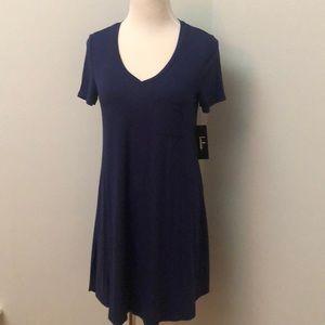 Lulu's V-neck Pocket Tee Dress